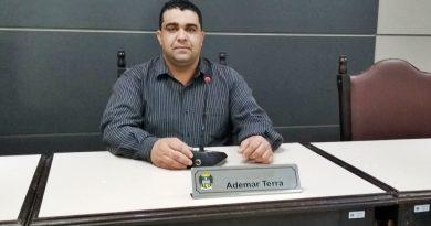 Vereador Ademar reafirma que cobra, mas Executivo não faz