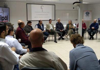 """Projeto """"Palmares do Sul – Novo Olhar"""" é apresentado aos candidatos a prefeito"""